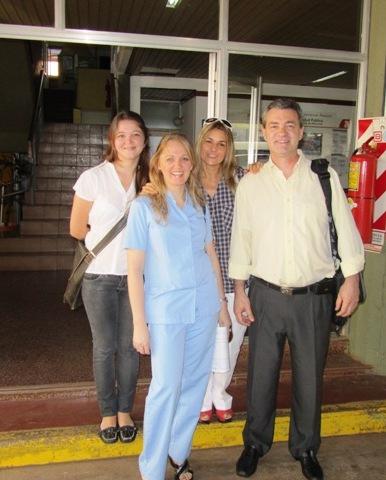 El equipo de cirujanos estéticos del hospital de Agudos.