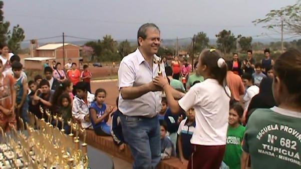El intendente Jorge Frowein entregó los premios los ganadores.