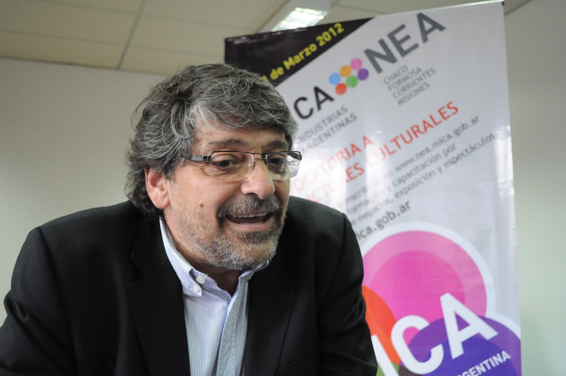 El director nacional de Industrias Culturales, Rodolfo Hamawi dirigió el taller en Posadas.