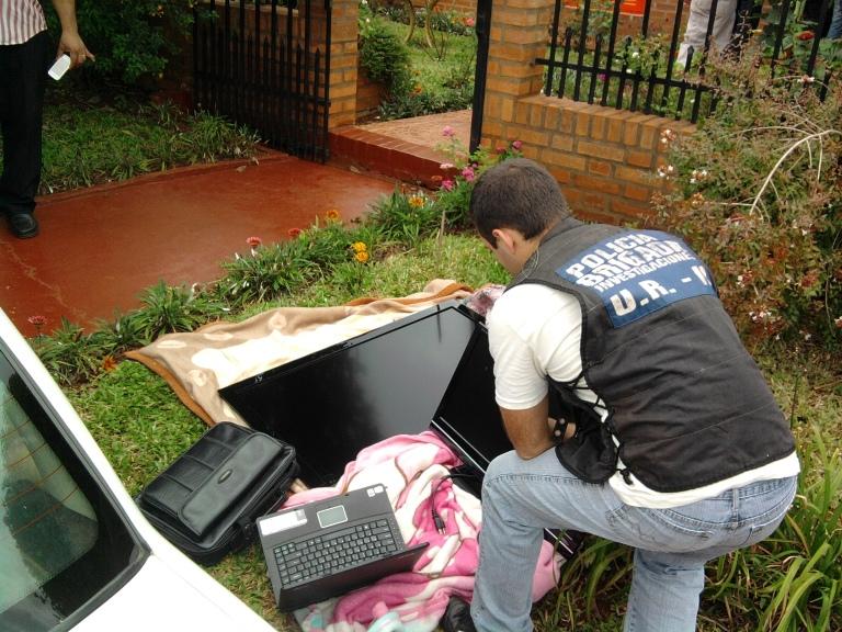 Los costosos aparatos supuestamente robados, estaban escondidos.