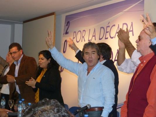 Irrazábal presentó candidatos esta mañana en Posadas.