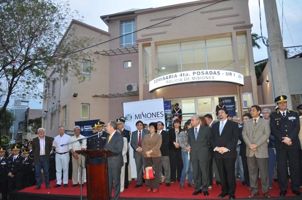 La inauguración del nuevo edificio de la Comisaría IV cerca de la Costanera.