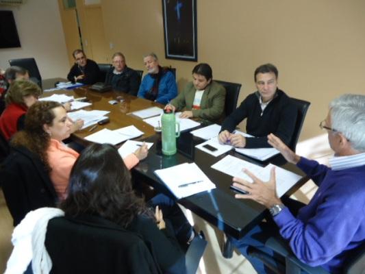 Reunión realizada hoy en la sede del Iprodha, en Posadas.