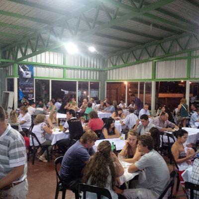 Restaurante repleto en la Fericoop.