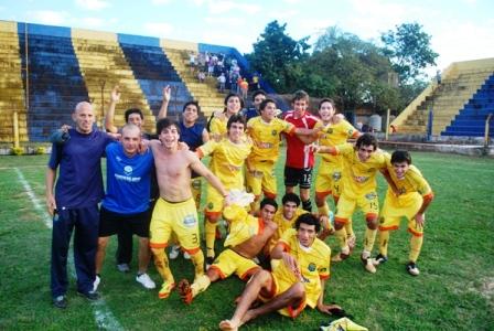 El Crucerito derrotó a Mitre 2 a 1 en Rocamora.