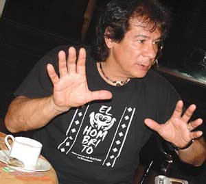 """Víctor Heredia en Posadas: """"Soy un pensador, no un transversal""""."""