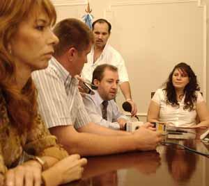 Reunión. Sandra Giménez analizó con ministros la situación de la vicegobernación.