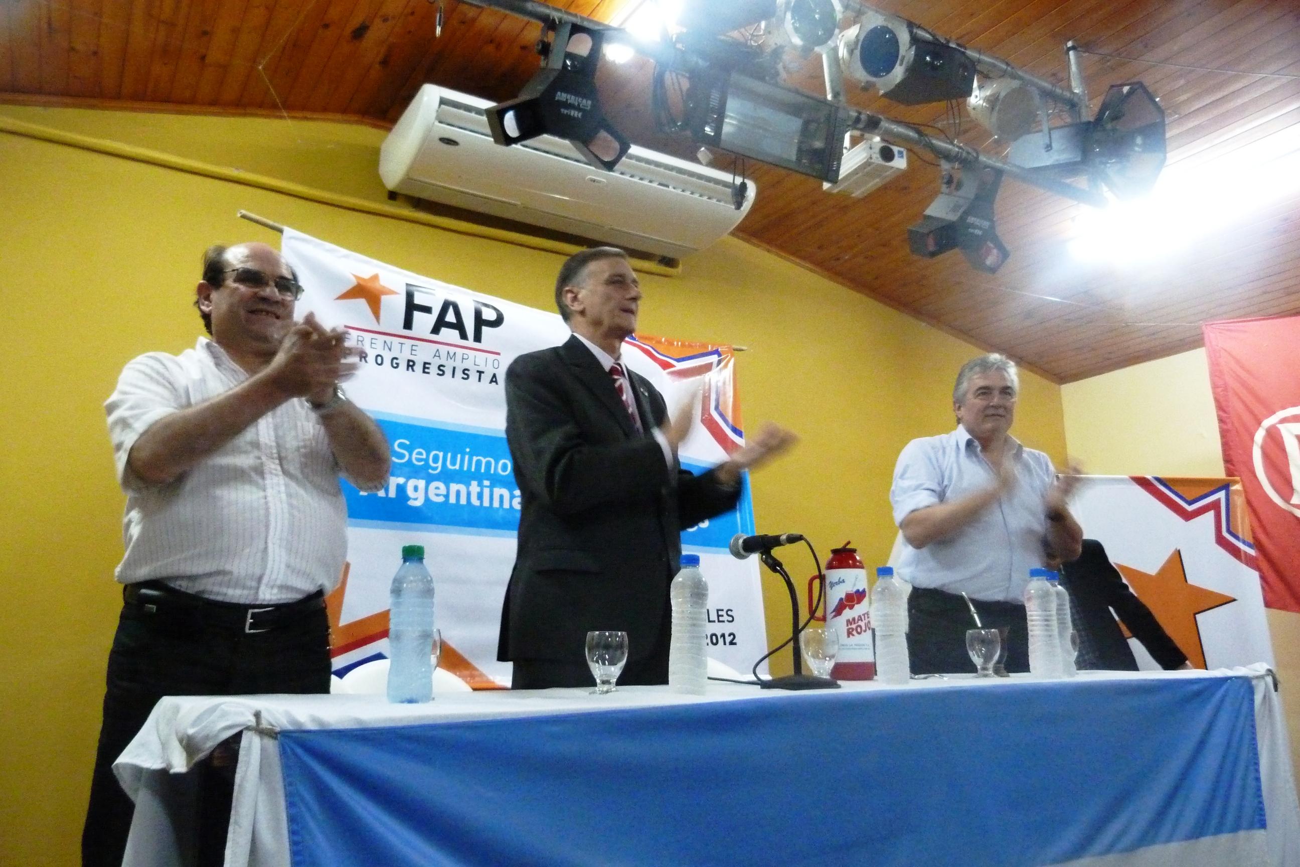 El acto del Fap realizado esta tarde en el club Sarmiento.