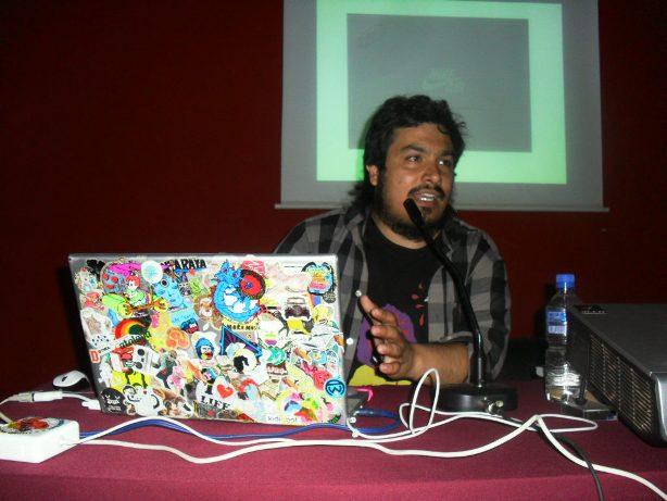 """Sebastián Valdivia expuso acerca de """"Autogestión y dibujitos en los días que corren""""."""