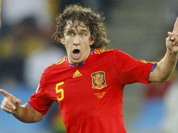 Puyol festeja su gol a los alemanes.