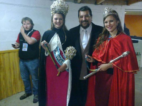 Ramos con las Reinas de Córdoba en la Fiesta de la Cereza.