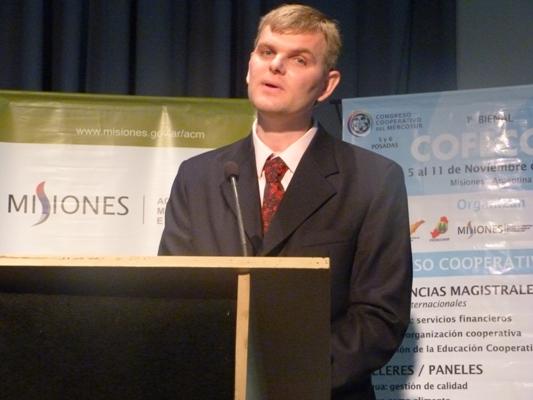 El presidente de la Cooperativa del Alto Uruguay, Federico Frank.