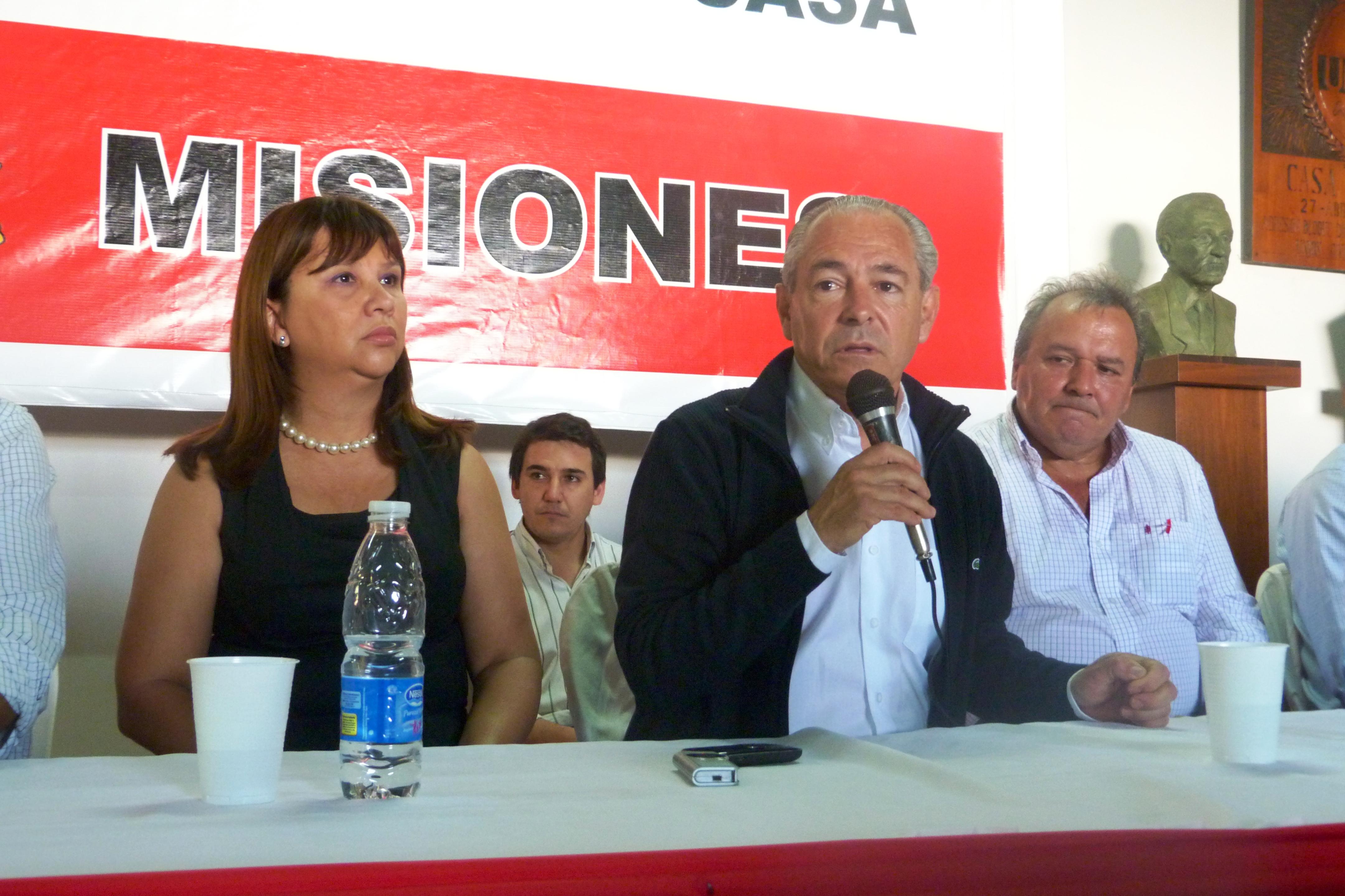 Alicia Mastandrea , Mario Barletta y Hernán Damiani.