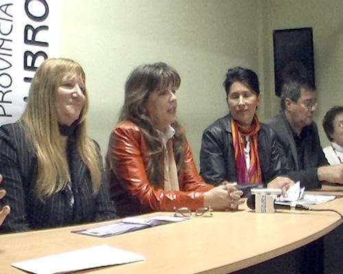 En el museo Yaparí en Posadas se difundió el programa de la 33º edición de la Feria Provincial del Libro.