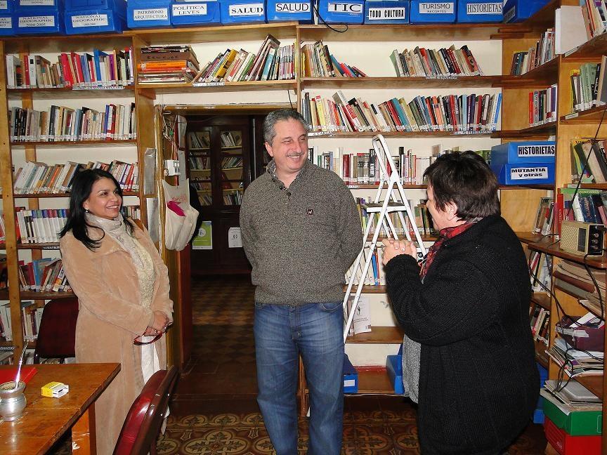 Visita de Passalacqua a la Biblioteca de Santa Ana.