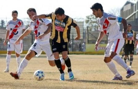 La Franja terminó la primera rueda de la zona Norte como puntero en el Argentino A.