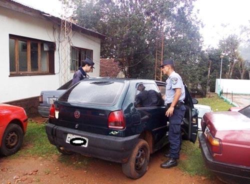 El automóvil secuestrado había sido robado el mismo día en Dionisio Cerqueira.