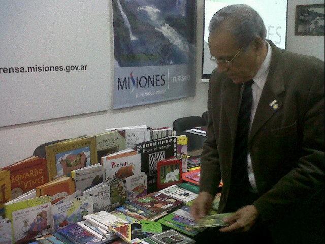 También se entregarán libros a los beneficiarios del plan Hambre Cero.