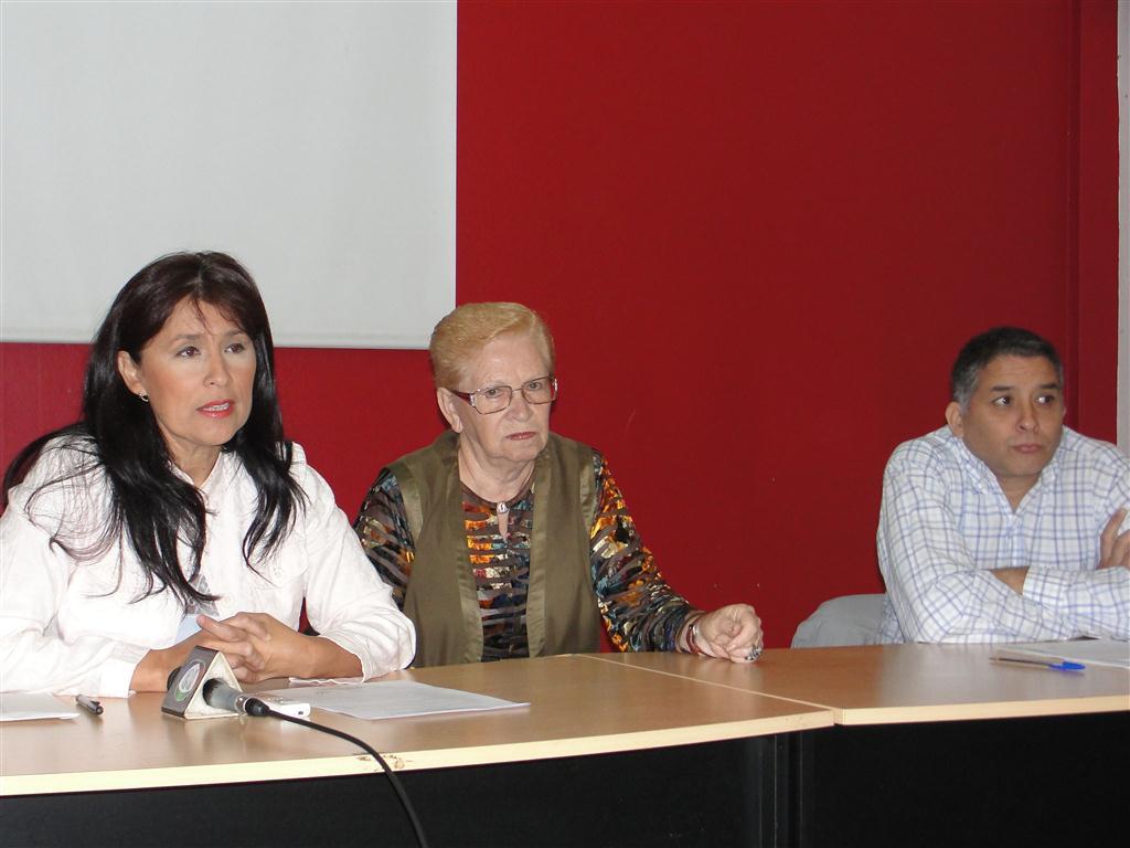 Griselda Martínez y Aurora Bitón.