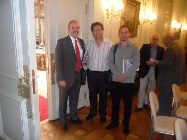 Favio Cabello, de la Opad participó en la reunión en Cancillería.