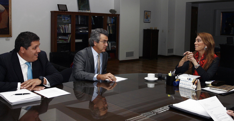El director de Nike Argentina le anunció a la ministra Giorgi que la empresa invertirá en la Argentina.
