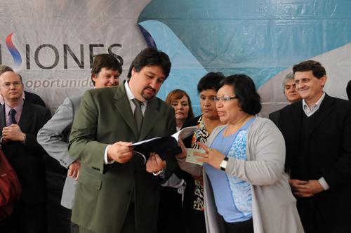 Inauguración. Closs presentó la ampliación de una escuela técnica de Jardín.