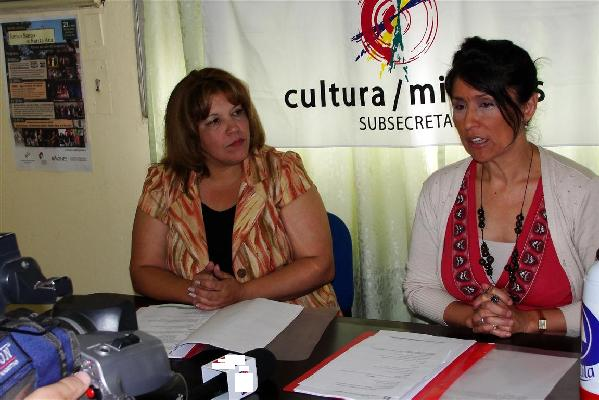Subsecretaria de Cultura, Griselda Martínez, y Lissi López, animadora chamamesera.