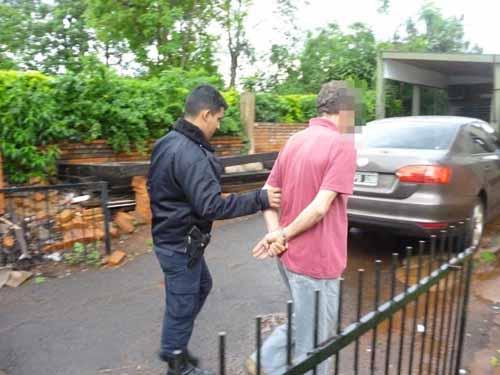 El panadero Francisco B. (50) es llevado a declarar al juzgado de Puerto Rico. (foto gentileza de Puerto Rico Ahora)