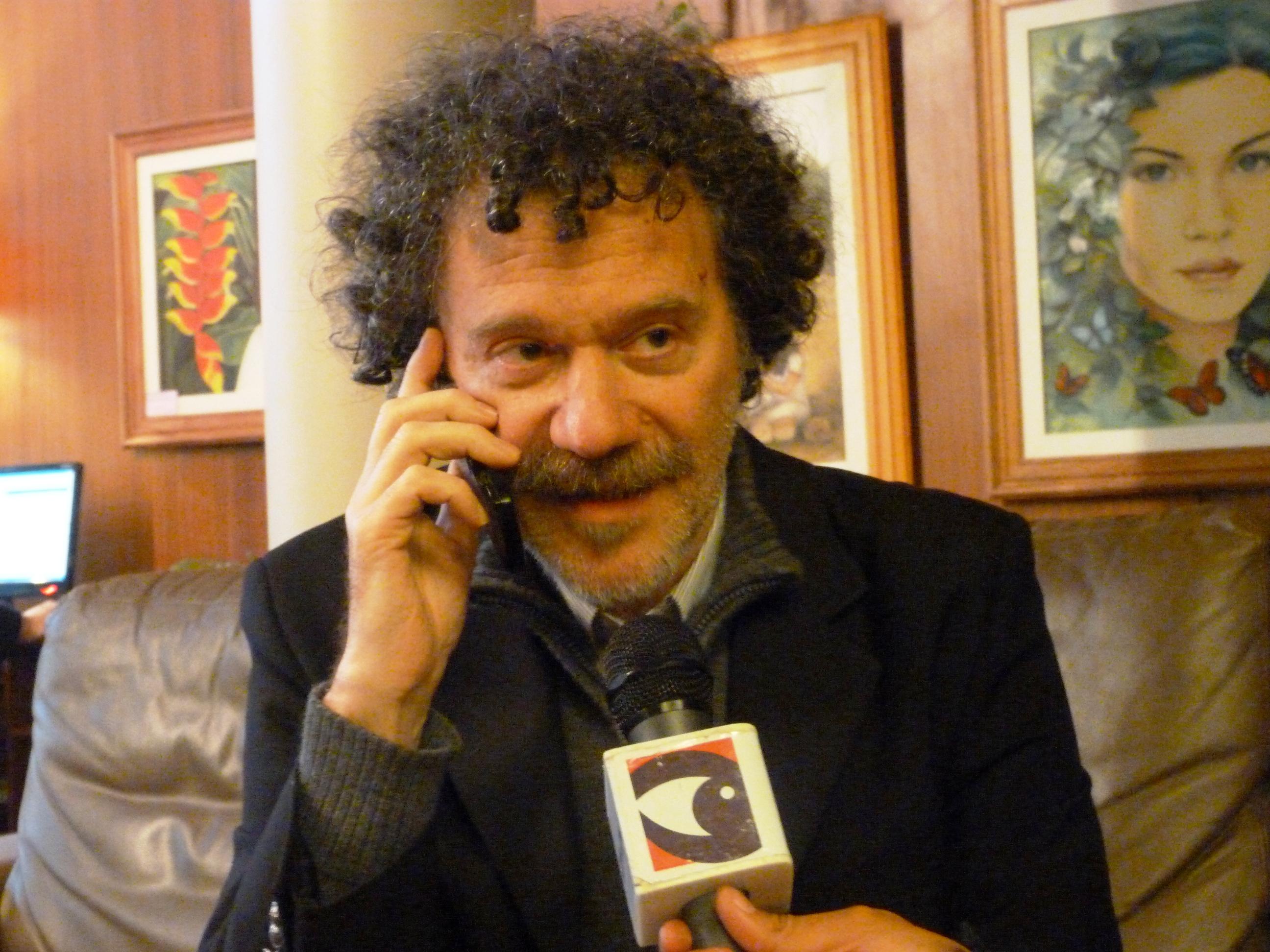 César Buonanotte disertó en el Julio César en Posadas.