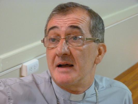 El Obispo Martínez llamó a conferencia para pedir intervención de la Justicia.