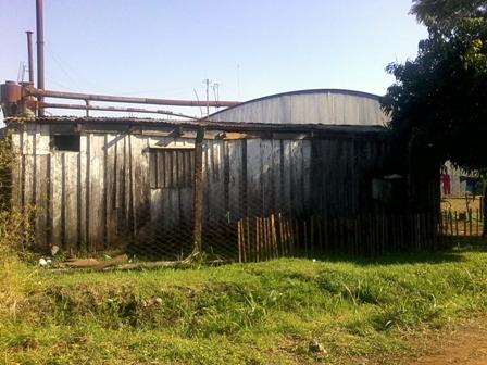 La casa donde vivía la nena.