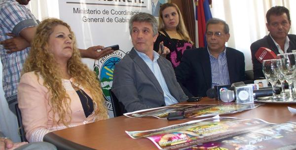Graciela Chávez, Gustavo López, Ricardo Escobar y Valdir dos Santos en Casa de Gobierno.