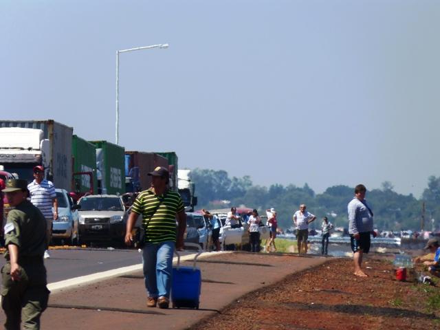 El trato para con las personas de nacionalidad paraguaya en el Puente Internacional también fue puesto en la mira de Unicef.