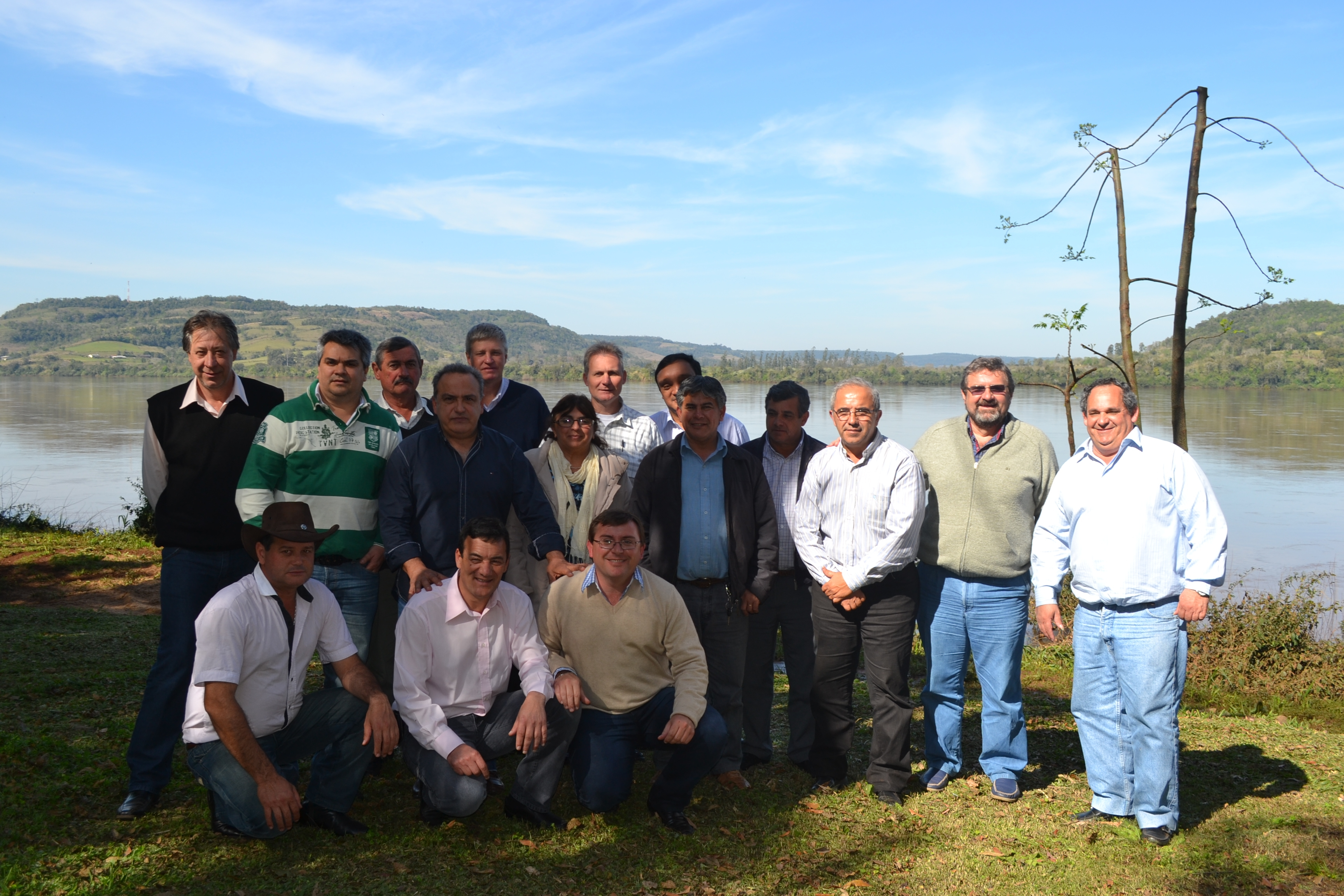 Con el Uruguay de fondo. Los alcaldes quieren precisiones sobre Garabí.