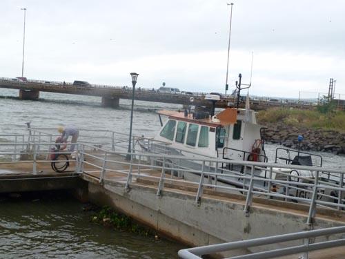 A la espera. El puerto de Posadas espera su habilitación para poder operar.