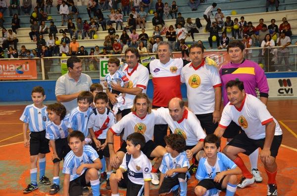 Partido del sábado en la liga de Iguazú. (Foto Sport Iguazú).