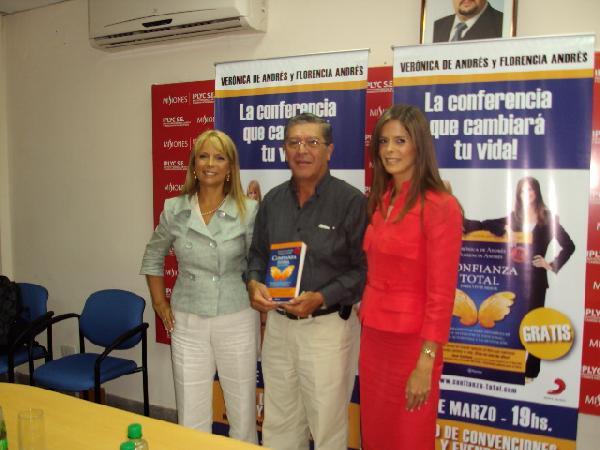 Verónica de Andrés y Florencia Andrés presentadas por el IPLyC.