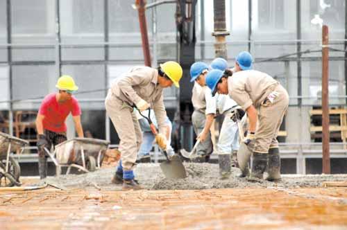 Las empresas de Misiones vuelcan más de 480 millones por mes al pago de sueldos.