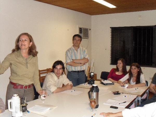 """""""Somos constructores de la paz"""", dijo Silvina Nosiglia en el curso para periodistas."""