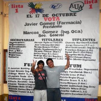 Nuevas autoridades. Marcos Gómez (Izq.) y Javier Gómez (Der.), secretario general y presidente electos en los comicios estudiantiles de la Facultad de Exactas.