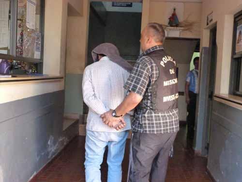 Jacinto Báez (50) al momento de ser ingresado a la Dirección de Investigaciones.