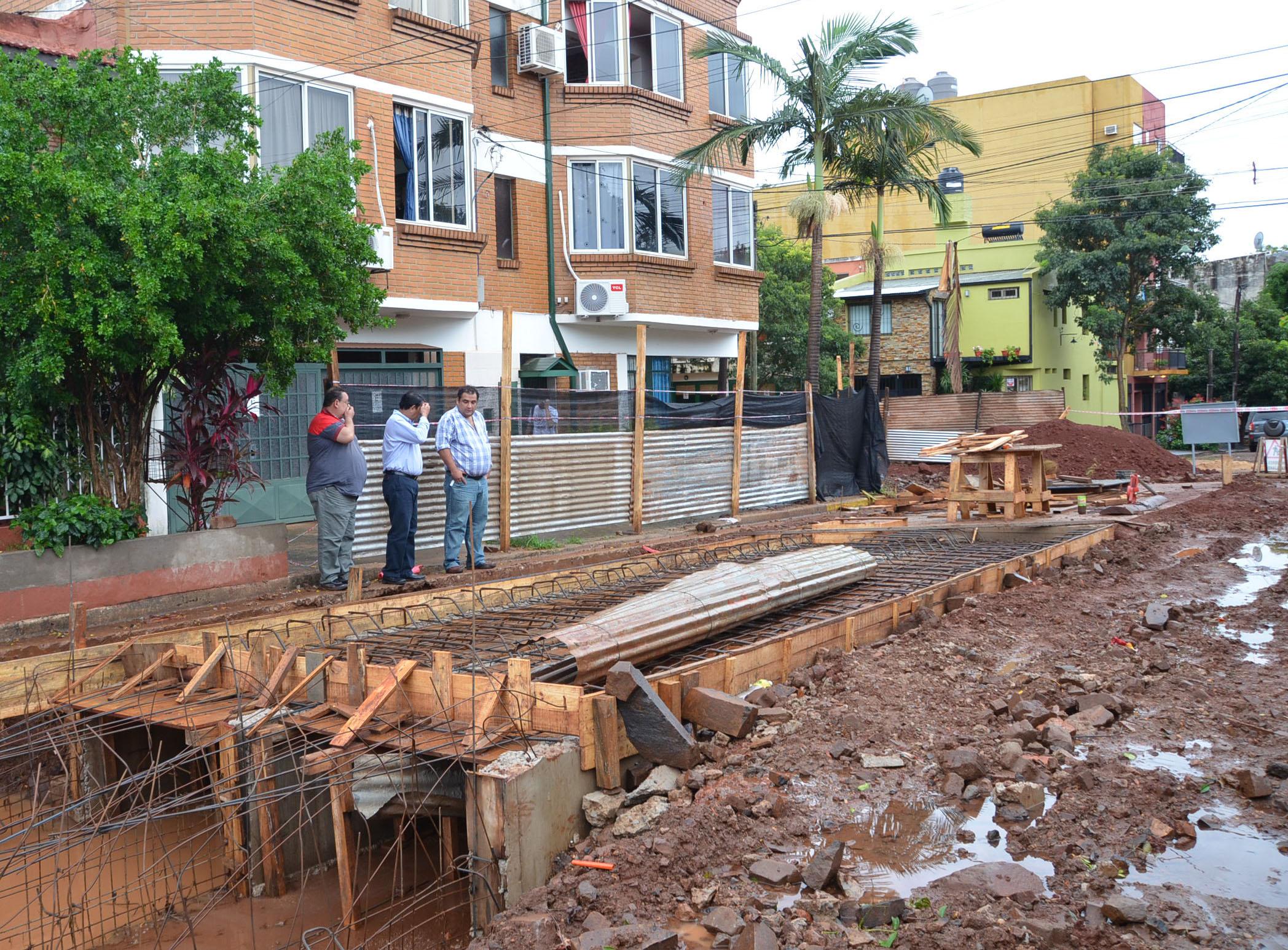Avance. Las obras se están construyendo para prevenir nuevas inundaciones.