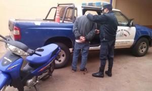 Detenido José A.O. y moto recuperada-seccional 3a