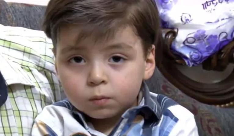 El niño ensangrentado de Alepo que conmovió al mundo hoy es usado por el régimen de Al-Assad