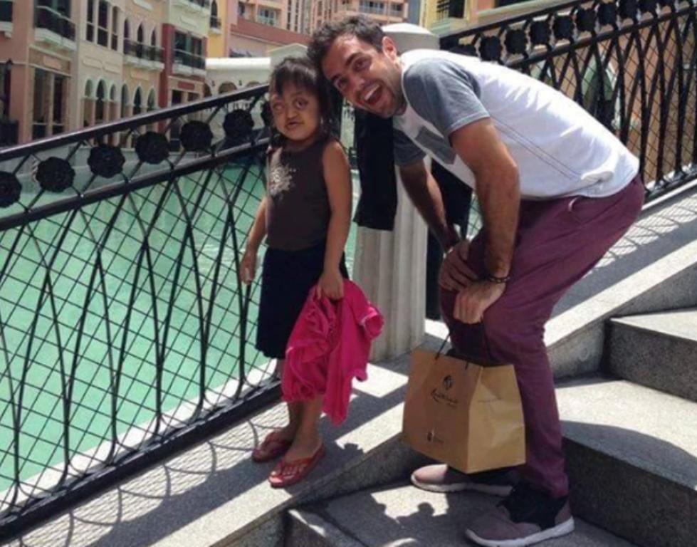 La historia de la niña filipina esclavizada y su amigo argentino que la ayudó a sonreír por primera vez