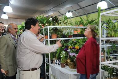 El gobernador recorrió los stands de Misiones en Flor