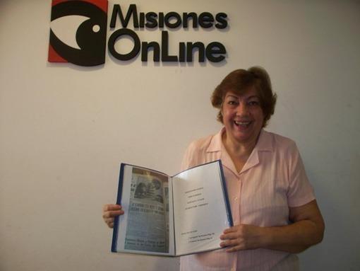 Elena Gloria Alarcón proveyó material de María Helena para el documental.