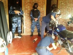 Once detenidos y varias motos secuestradas en operativos anti motochorros