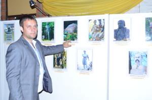 "Oberá: Inauguraron ""Monumental Shevchenkiana"", muestra de un fotógrafo ucraniano"