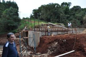 Vialidad  Provincial construye nuevo puente sobre el arroyo San Alberto